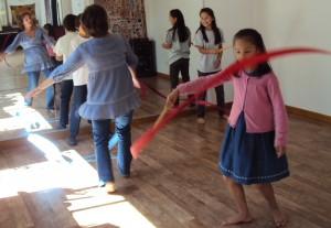 au cours de Danse libre de Sophie Nguyen-Son